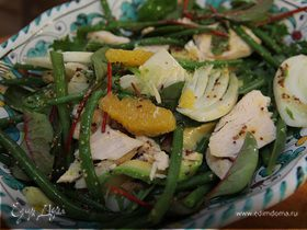 Салат с курицей, авокадо и апельсином