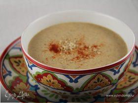 Пряный марокканский суп с цветной капустой и миндалем
