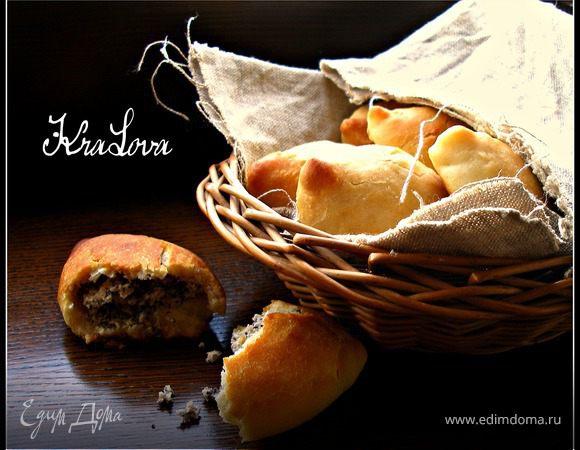 Пирожки с фасолью и маком