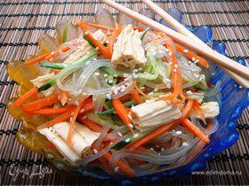Салат из соевой спаржи с фунчозой