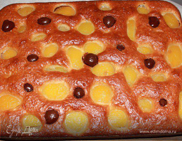 "Пирог с персиками и вишней в шоколаде ""Леди"""