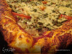 Боооольшая и вкусная пицца