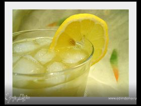 Освежающий чай с лимоном