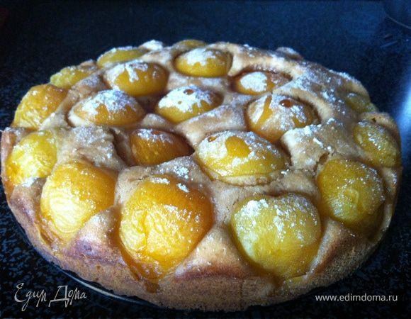 Медовый пирог с абрикосами