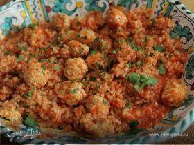 Тефтельки из индейки с рисом и томатным соусом