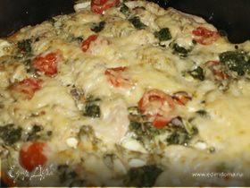 Курица, запеченная с макаронами и овощами