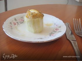 Фаршированные курицей и грибами кабачки с бальзамическим соусом