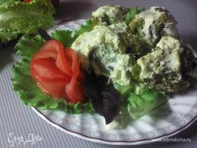 Запеченная брокколи с творогом и авокадо