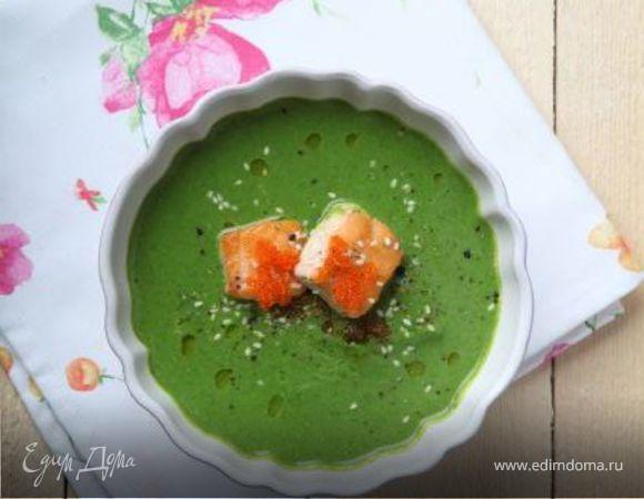 Суп с брокколи, шпинатом и лососем