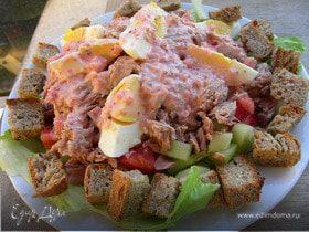 Салат с тунцом по-гречески