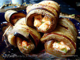 Рулетики из баклажана с моцареллой и соусом песто (Pesto rosso)