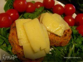 Вегетарианские бургеры из нута с чеддером