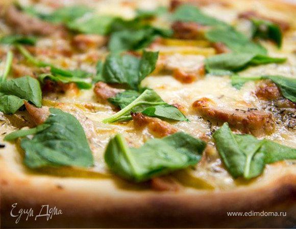 Пицца с грушами и свиной вырезкой