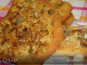 Хрустящие хлебцы с тыквенными семечками. HomeQueen Corporation