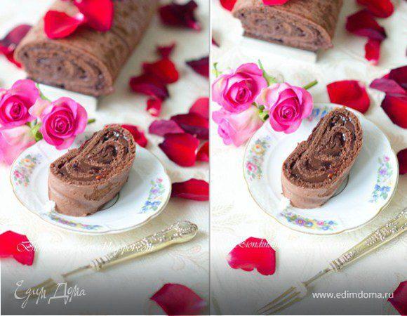 Шоколадное полено с малиной и ганашем