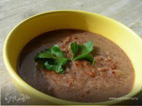 Суп-пюре из красной фасоли с сельдереем и чили
