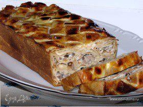 Блинный пирог с мясом и грибами