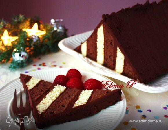 Праздничный треугольный торт