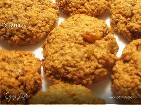 Печенье oвсяное с изюмом и орехами