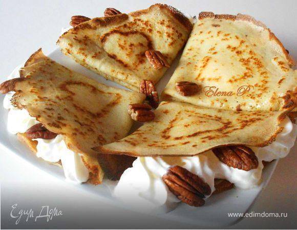 Блинчики с орехом пекан и кленовым сиропом