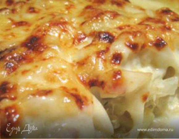треска под картофельной шубой и соусом