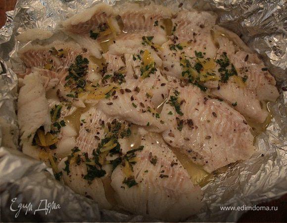 Рыба, запеченная со свежей зеленью