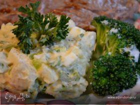 Салат картофельный с релиш-соусом