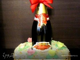 Подарочный торт с шампанским