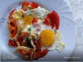 Яичница-глазунья на завтрак