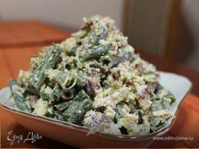 Салат с омлетом и зеленой фасолью