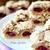 Песочное печенье с ореховым безе и вишней «Глаза совы»