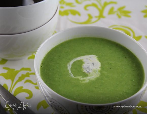 Очень овощной суп-пюре из зеленого горошка