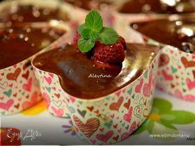 Шоколадный кекс в сердечках