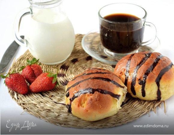 Сдобные кокосовые булочки с шоколадными каплями