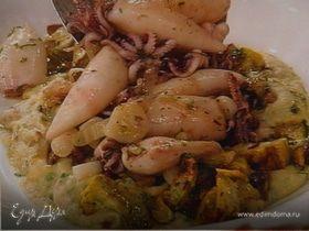 """""""Бэби""""- кальмары с жареными баклажанами и фасолевым пюре"""