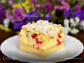 Тертый ванильный пирог-безе с ягодой малиной