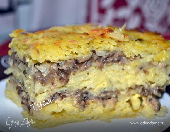 Слоеный картофельный торт с солеными грибами