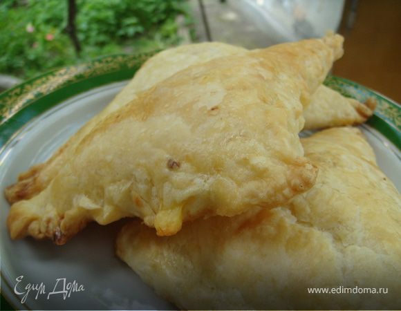 Быстрые слоеные хачапури с сыром