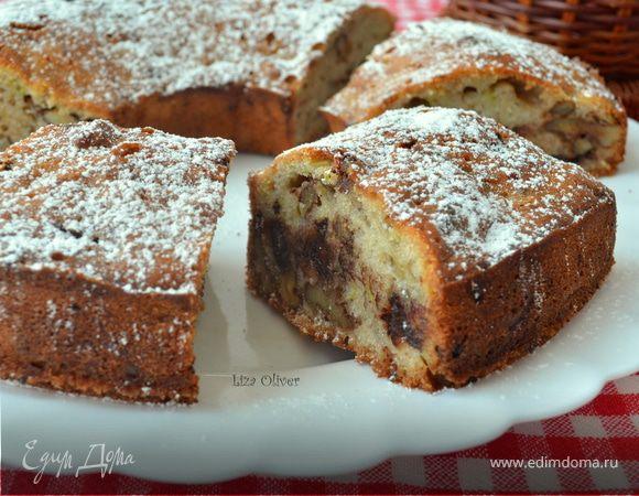Кабачковый кекс-кольцо с шоколадом и орешками