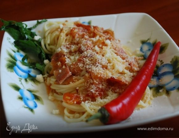 "Паста ""Букатини Аматричиана"" с острым соусом (Bucatini All'Amatriciana)"