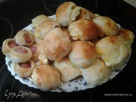 Кефирные булочки с брынзой