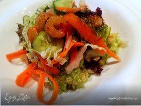 Салат с желтой малиной