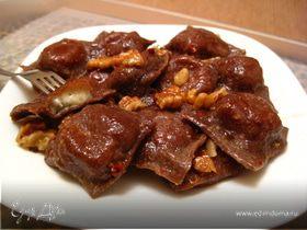 Шоколадные равиоли с сыром Кастельманьо и ароматным сливочным маслом