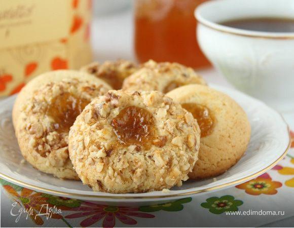 Печенье с орехами и джемом