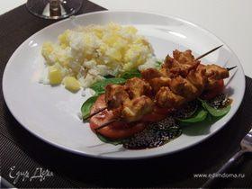 Балинезийское соте из курицы с рисом и ананасами