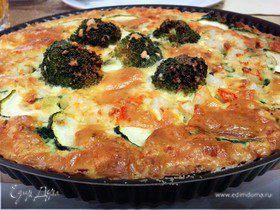 Киш с брокколи, шпинатом, цукини и креветками
