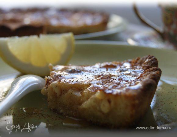 Тарт с зерненым творогом и медом