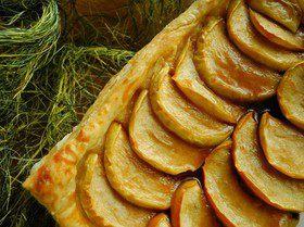 Яблочный пирог с соленой карамелью