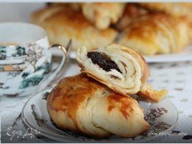 Круассаны с шоколадом (романтический завтрак)