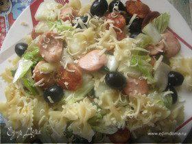 Салат из пасты с легким йогурто-творожным соусом